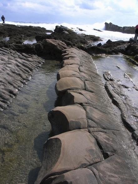 蠻特別的豆腐岩