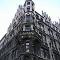 國外的建築一定都要這麼壯觀嗎?