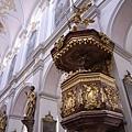 ST-Peter教堂內部