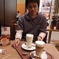 鮮奶和咖啡