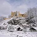 第一站是郝恩修瓦高城堡