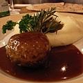 笨蛋點的meat ball, 說是不太餓的時候推薦的