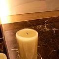 害苑庭燙傷的蠟燭