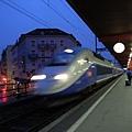 TGV進站