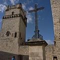 在南法這種城堡式的建築還挺常見的