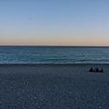 又回到尼斯海邊