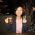 育欣跟啤酒