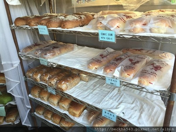 大嬸婆的家手工窯烤麵包-1.jpg