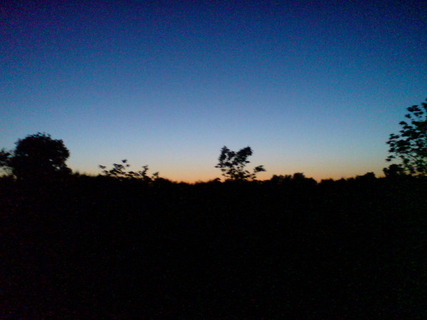 夕陽漸漸消失了.....
