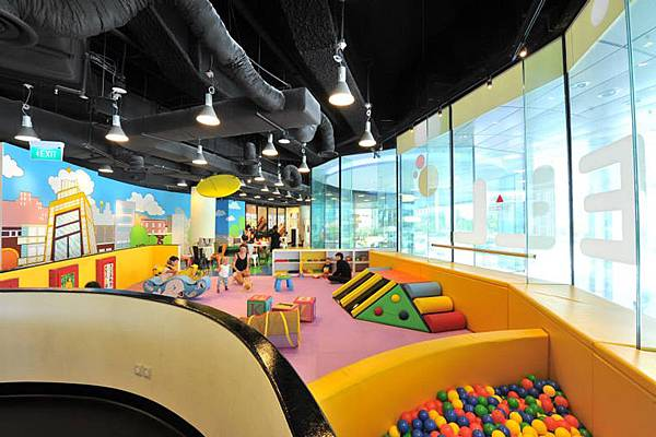 Cool de Sac Play Center.jpg