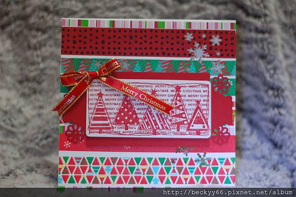 以紙膠帶為背景的聖誕卡片