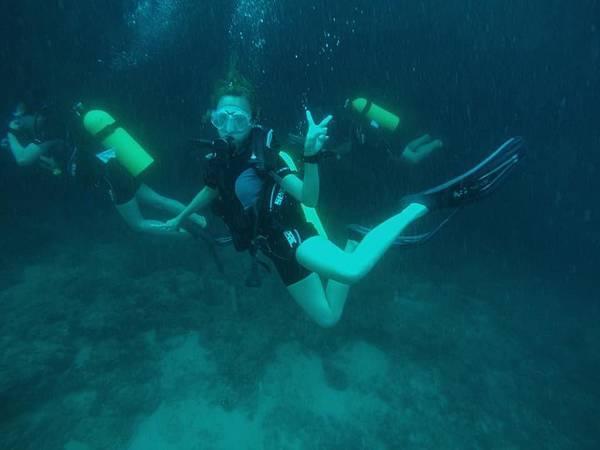 潛水.jpg