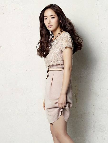 park-min-young-compagna-2011-27.jpg