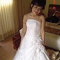 補救完的婚紗