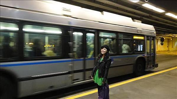 改換銀線坐巴士