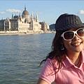 搭船游多瑙河看國會大廈