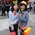壽星提前祝你生日快樂!!恭喜這制服也穿不久了~~!