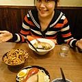 結果三田超好吃的!!他的粗拉麵跟湯底都是我目前吃過最好吃的!!!值得啦~