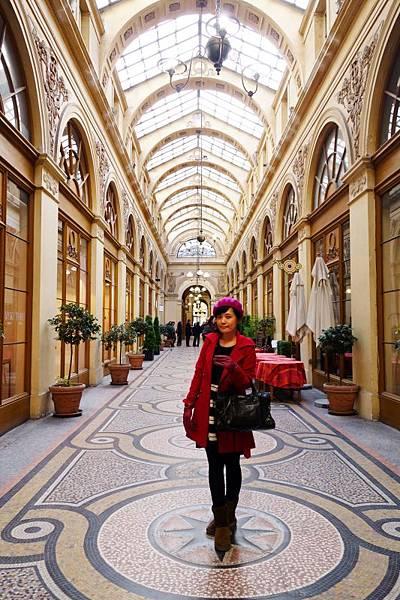 Galerie Vivienne 一百張