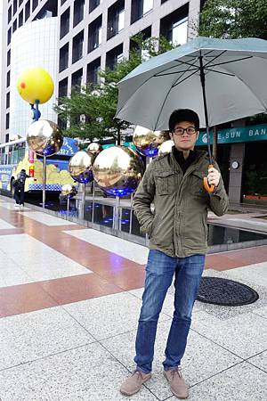還送我們雨傘好貼心