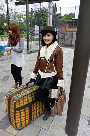 又是行李箱