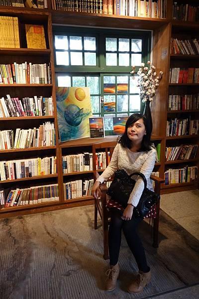 閱樂書店裡面好漂亮