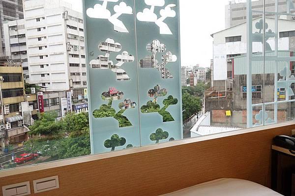 E綠川景色雙人房-3 (2).JPG