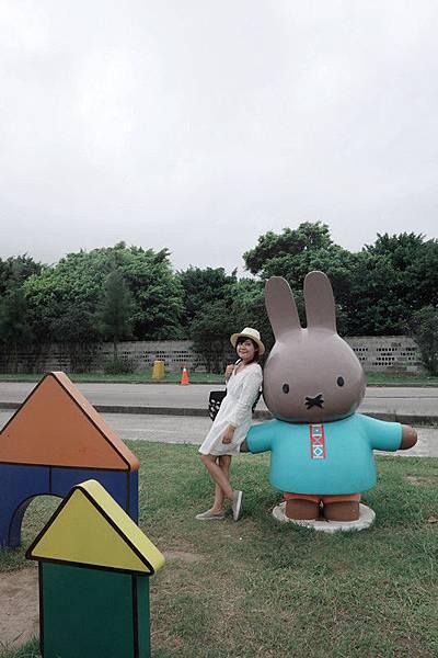 11-02(4) 八里文化公園米飛兔