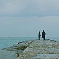 1-鬼怪夫婦在海邊.jpg