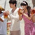 女香~喝啤酒.jpg