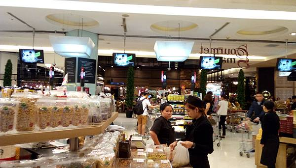 6超市1.jpg