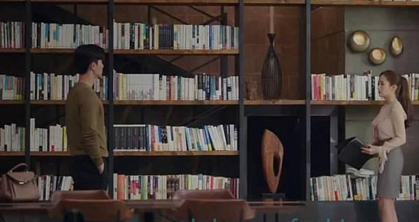 英俊的書房.jpg