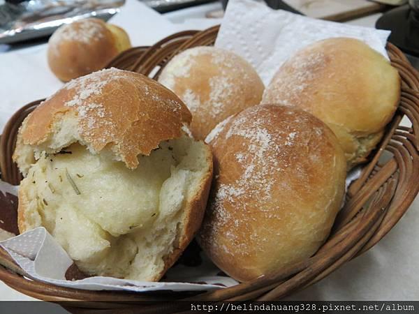 爆漿的香草鹹奶油麵包