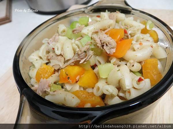 十分鐘完成的鮪魚通心麵沙拉1