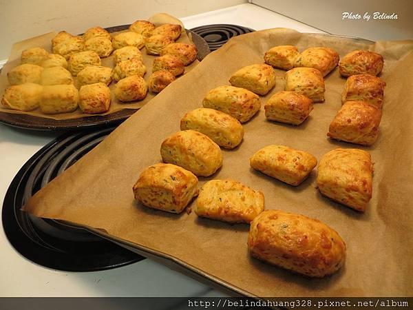 巧達起司小麵包佐黃芥末奶油Cheddar Cheese Biscuits with Maple Mustard Butter5