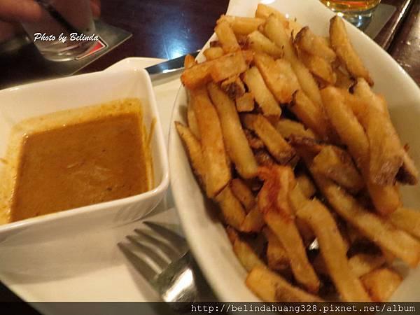 餐前薯條咖哩口味沾醬