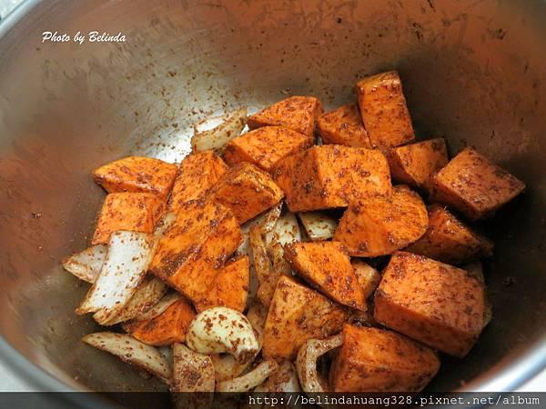 烤箱版烤肉桂香地瓜食材