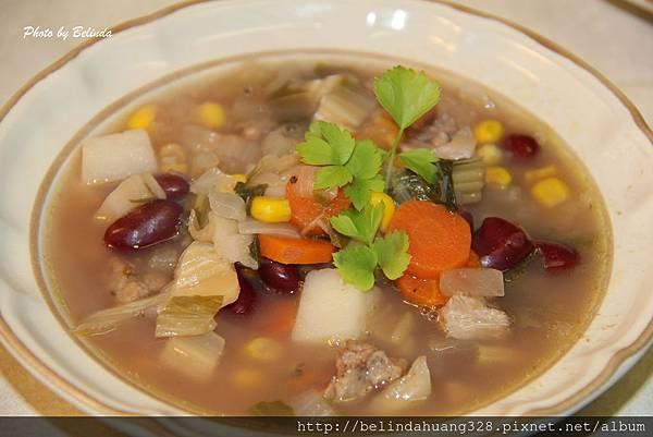 自製菜乾與大紅豆玉米菜乾湯1