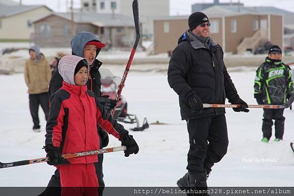 20140517北極圈雪地戶外冰棍球