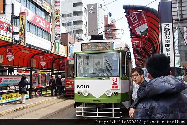 函館復古路面電車100