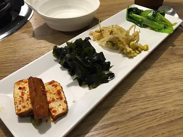 黃鶴洞韓式料理10.jpg
