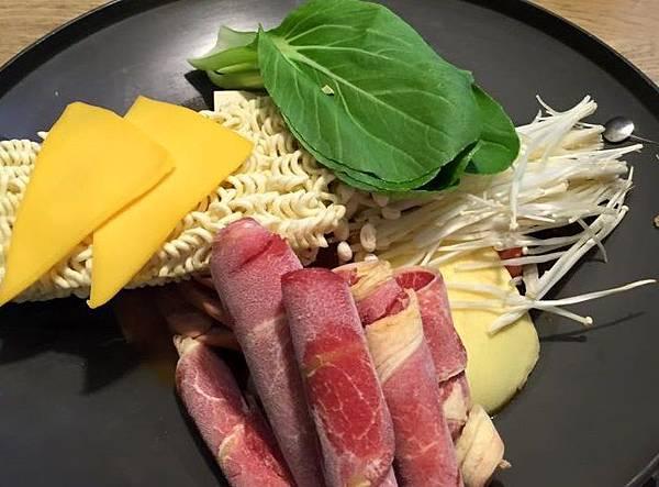 黃鶴洞韓式料理27.jpg