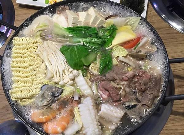 黃鶴洞韓式料理38.jpg