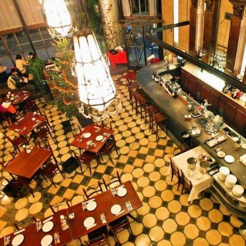 Cafe-La-Boheme.jpg