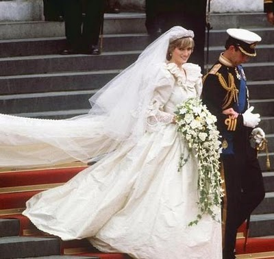 princess-diana-wedding-gown1.jpg