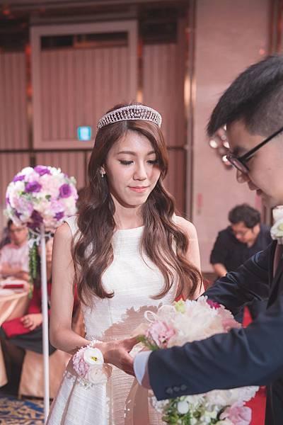 EB-Wedding_0678.jpg