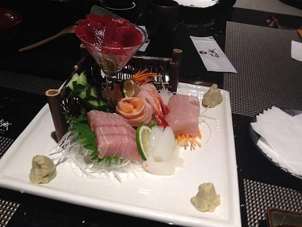 崧成日本料理 -  綜合生魚片