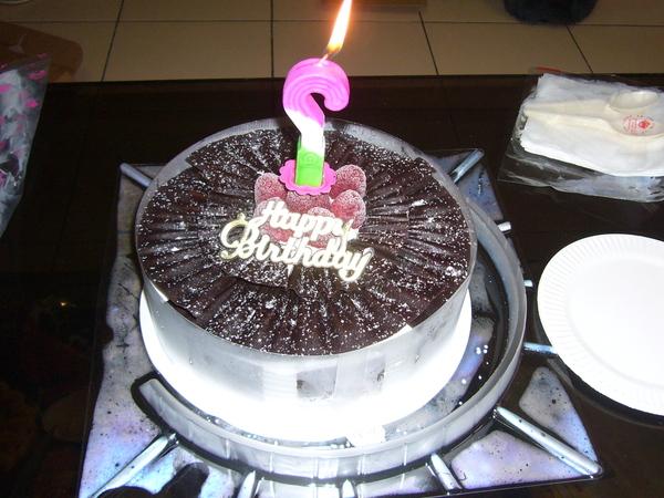 媽的...生日蛋糕