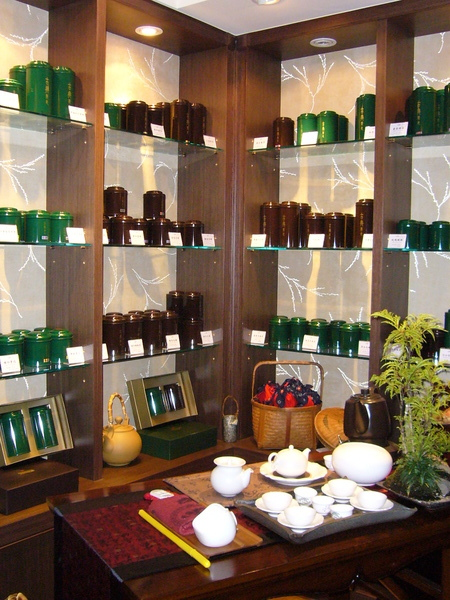 茶罐櫃一角