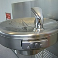日本的飲水機...真精緻